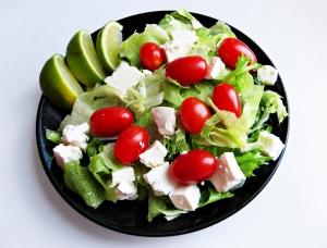 Kleiner Salat mit Lemonen